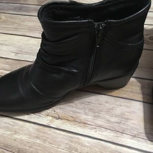 Earth Origins Shoes - Earth Origins Mallory Booties Leather Black